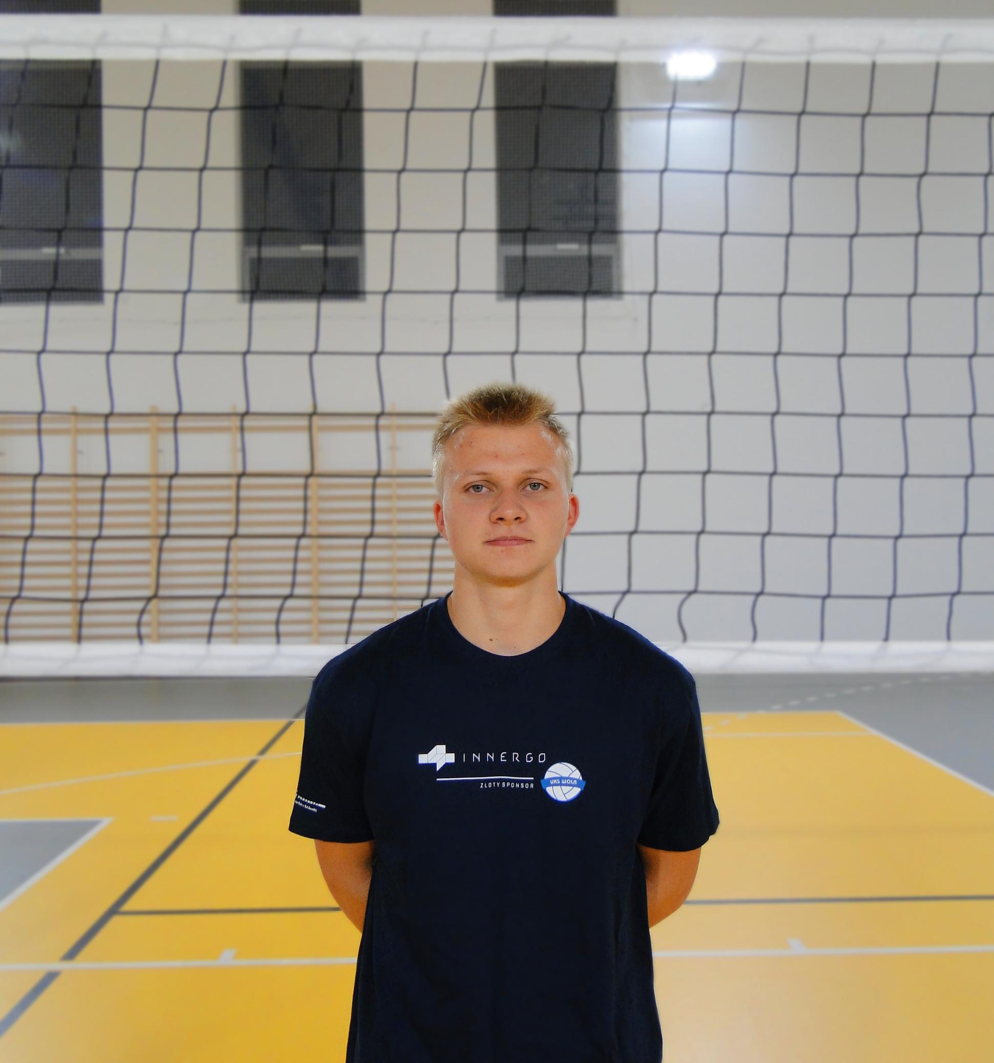 Piotr Grochot Wiek: 16 Wzrost: 179 cm Pozycja: libero