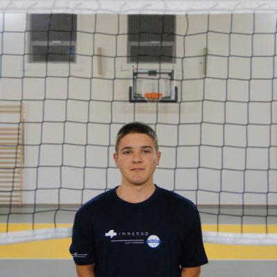 Bartłomiej Kuklicz Wiek: 17 Wzrost: 169 cm Pozycja: libero