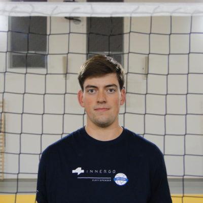 Tomasz Kutyła Wiek: 19 Wzrost: 185 cm Pozycja: środkowy